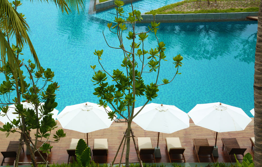 Swimming pool leisure huahinchaamthailand