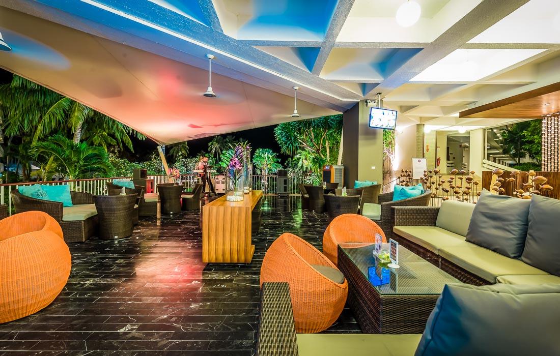 Breezybar lobbybar huahinchaamthailand
