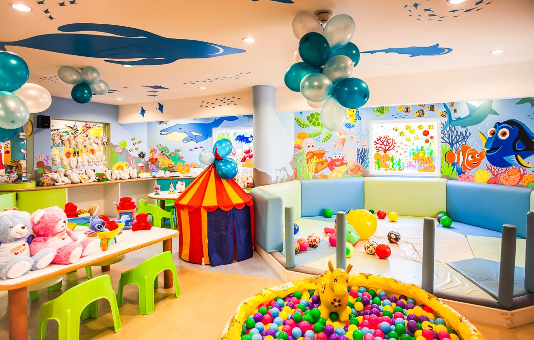 Kids club 3 activity family huahinchaam Thailand